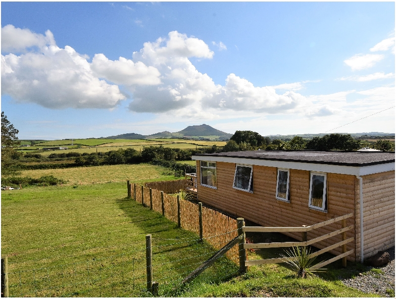Y Caban Clyd a british holiday cottage for 4 in ,