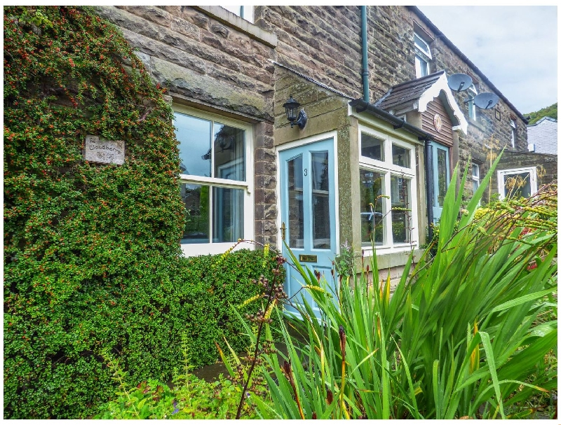Cloudberry Cottage a british holiday cottage for 4 in ,