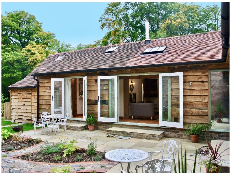 Nest Holiday Hideaway | Dove Cottage a british holiday cottage for 4 in ,