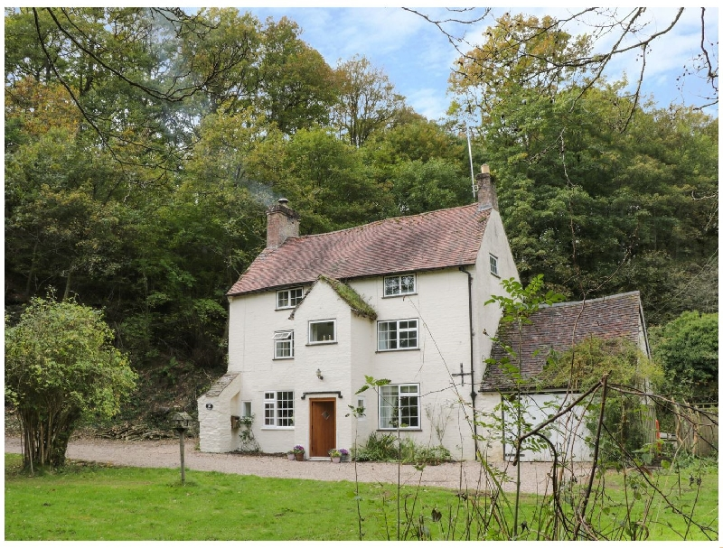 Town Mill a british holiday cottage for 10 in ,