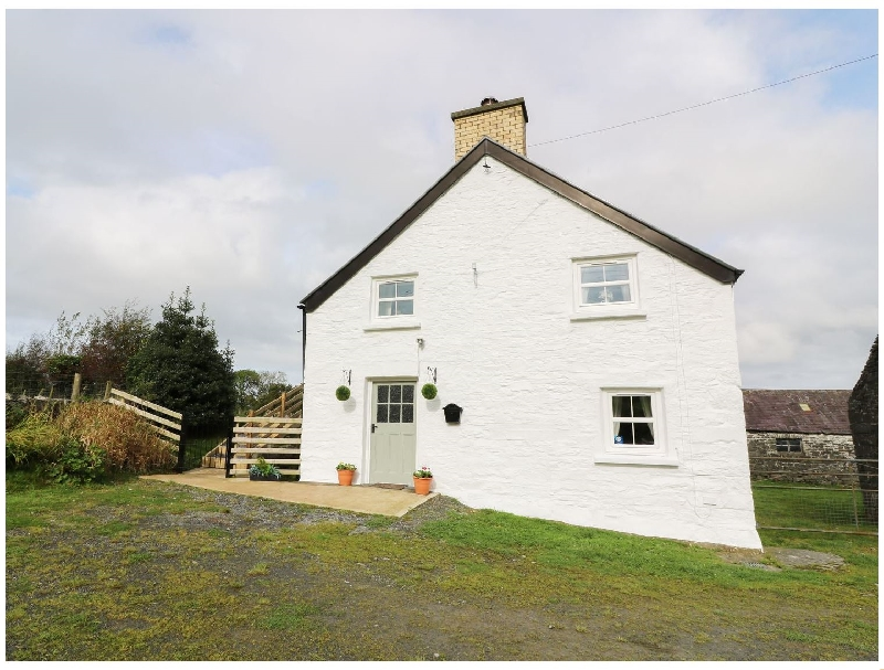 Penglanowen Fawr a british holiday cottage for 5 in ,