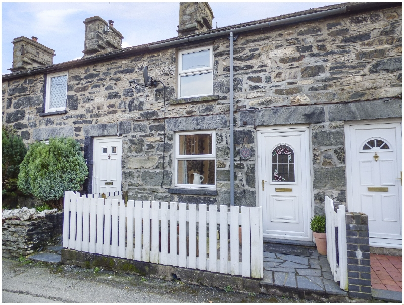 2 White Street a british holiday cottage for 4 in ,