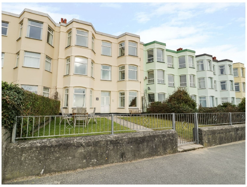 Apartment 1- 10 West End Parade a british holiday cottage for 8 in ,