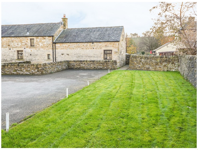 Old Hall Barn a british holiday cottage for 4 in ,