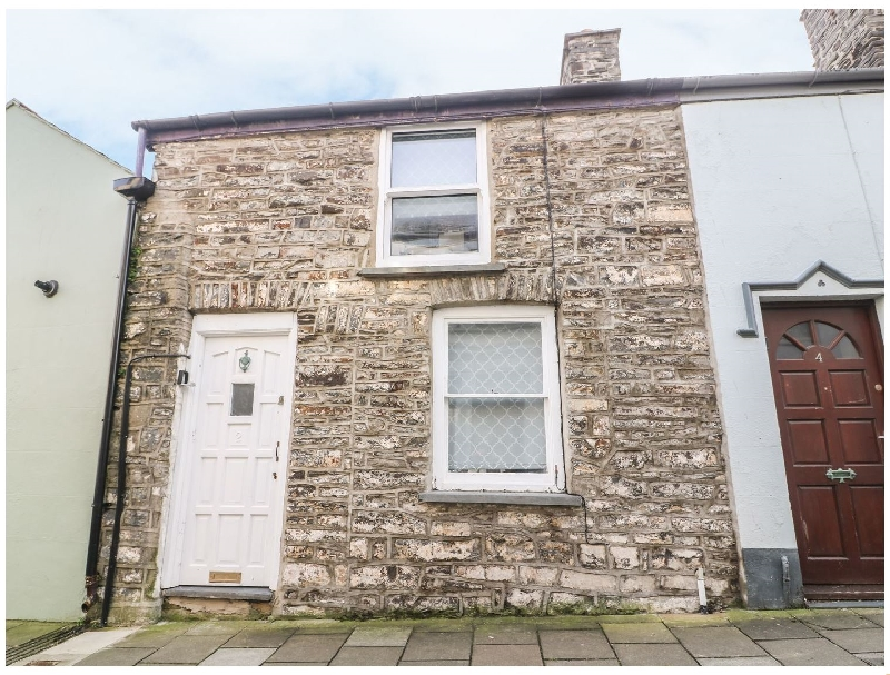 Town Centre Cottage a british holiday cottage for 4 in ,