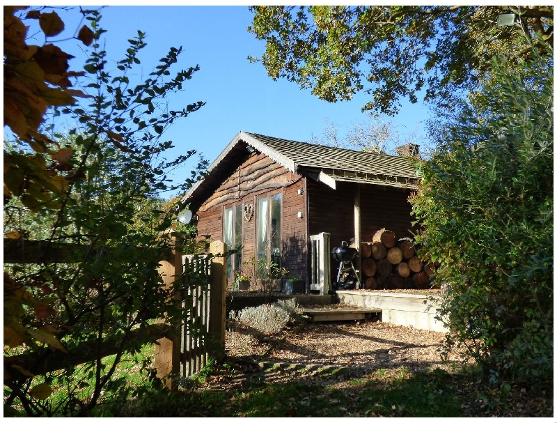 Woodmancote Lodge a british holiday cottage for 3 in ,
