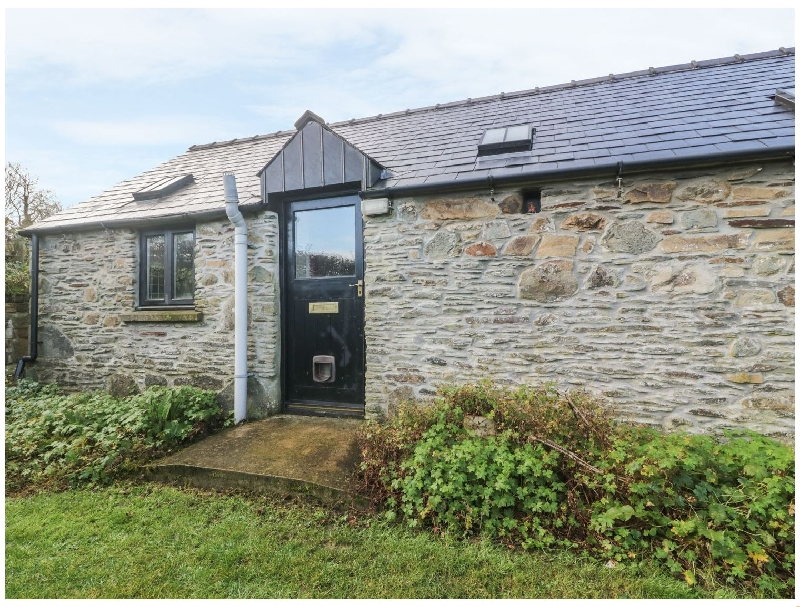 Fronrhydd Fach a british holiday cottage for 2 in ,