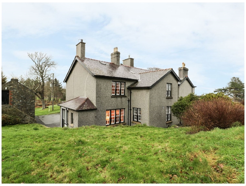 North Wing at Penmaen a british holiday cottage for 6 in ,