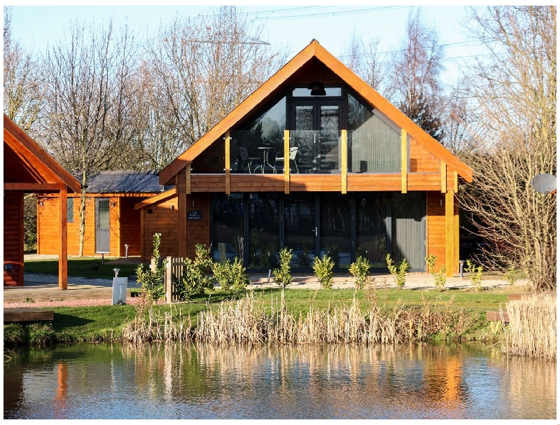 The Purple Piranha a british holiday cottage for 6 in ,