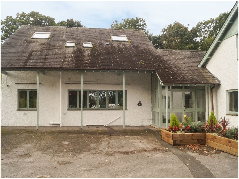 Click here for more about Hazel - Woodland Cottages