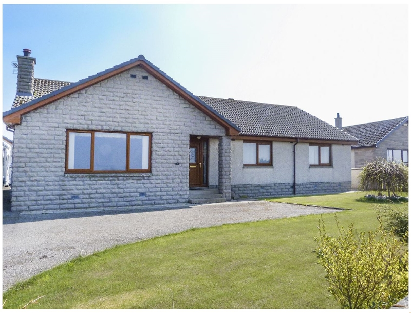5 Golfview Drive a british holiday cottage for 6 in ,
