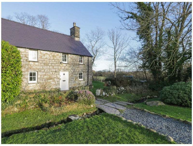 Y Bwthyn Ty Du a british holiday cottage for 4 in ,