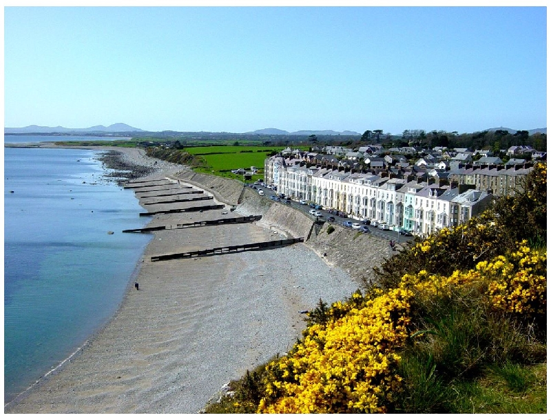 Seaside a british holiday cottage for 10 in ,