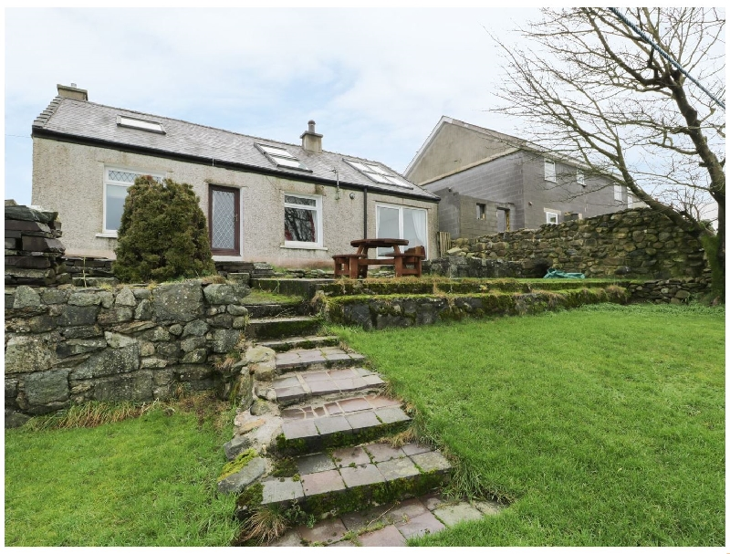 Bryn Awelon a british holiday cottage for 6 in ,