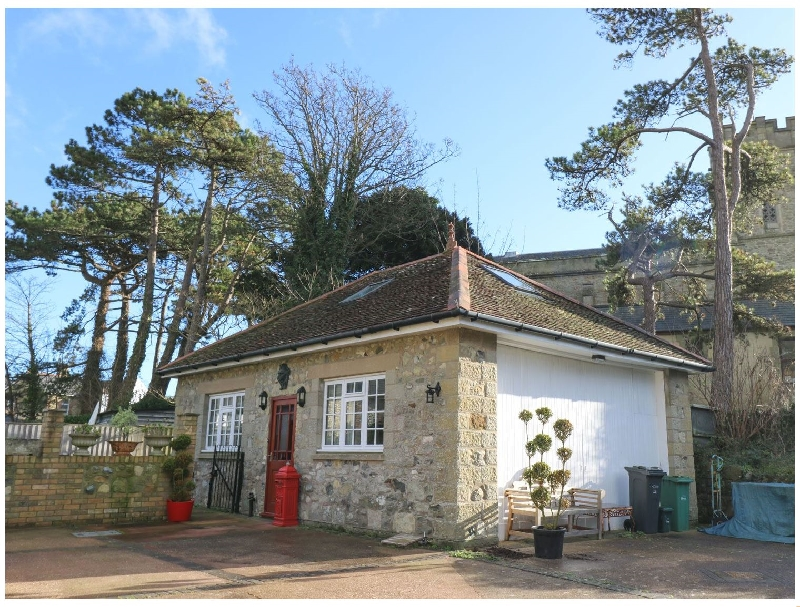 Manor Coach House a british holiday cottage for 3 in ,