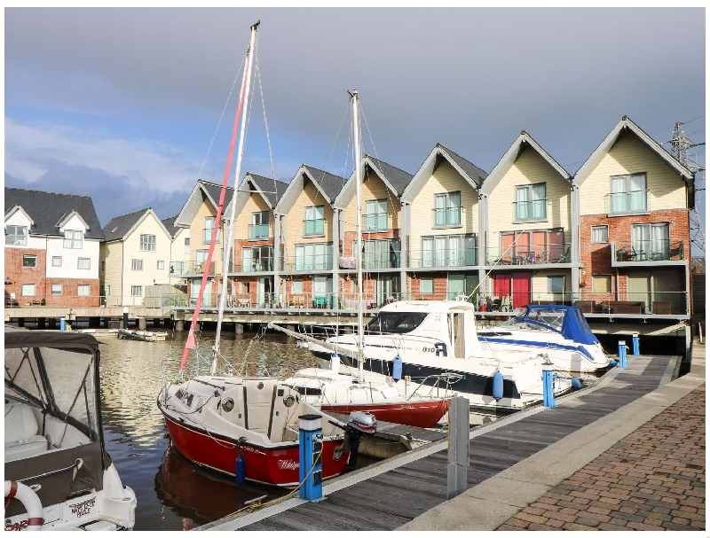 Marina House a british holiday cottage for 6 in ,