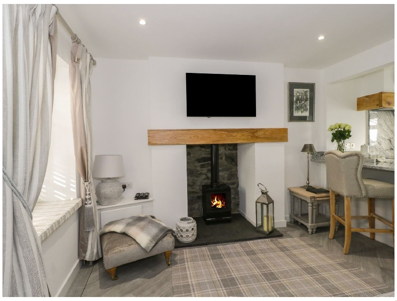 9 Chapel Street a british holiday cottage for 2 in ,