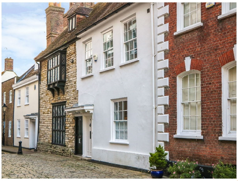 Mary Tudor Cottage a british holiday cottage for 7 in ,