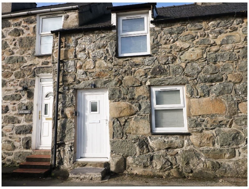 5 Glan Y Wern Terrace a british holiday cottage for 2 in ,