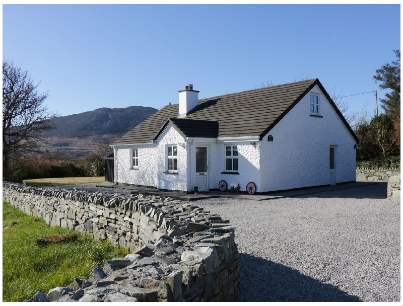 Stoney Cottage a british holiday cottage for 9 in ,