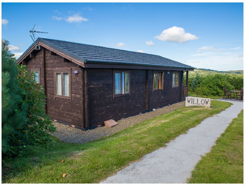 Willow Lodge a british holiday cottage for 2 in ,