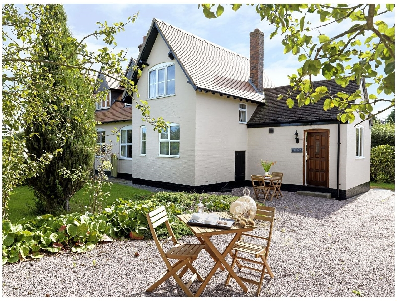Ploughmans Cottage a british holiday cottage for 4 in ,