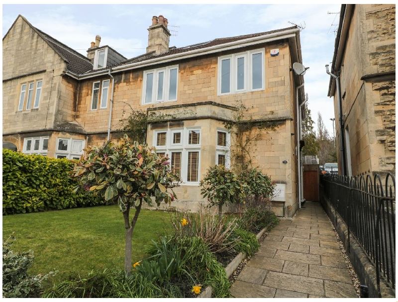 33 Crescent Gardens a british holiday cottage for 12 in ,
