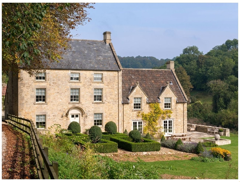 Week Farm a british holiday cottage for 18 in ,