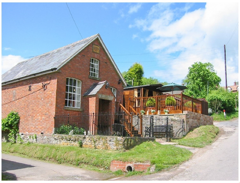St. Milburga Chapel a british holiday cottage for 4 in ,