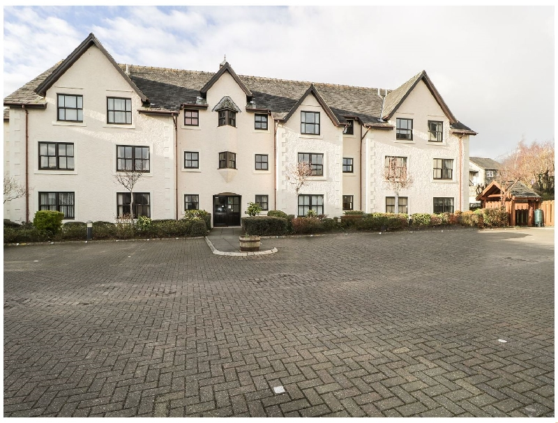 Click here for more about 7 Hewetson Court