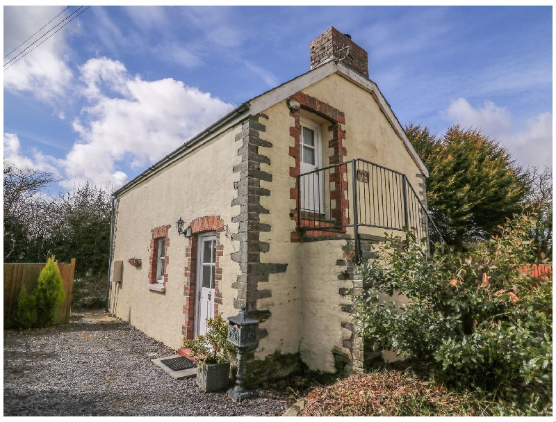 Bwthyn Y Jacdo a british holiday cottage for 4 in ,