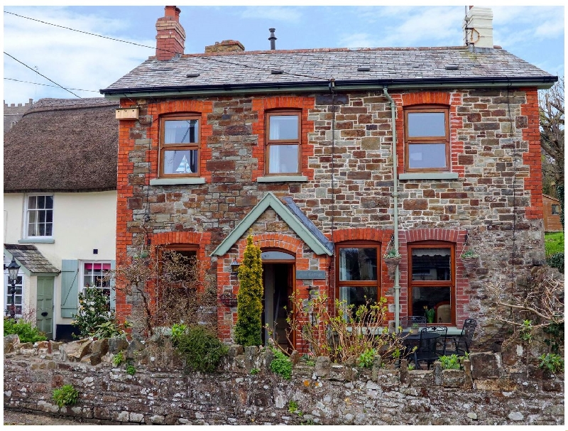 Elm Cottage a british holiday cottage for 4 in ,