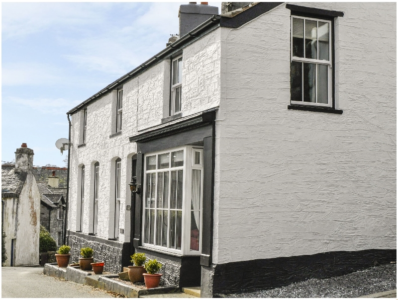 Arwel a british holiday cottage for 7 in ,