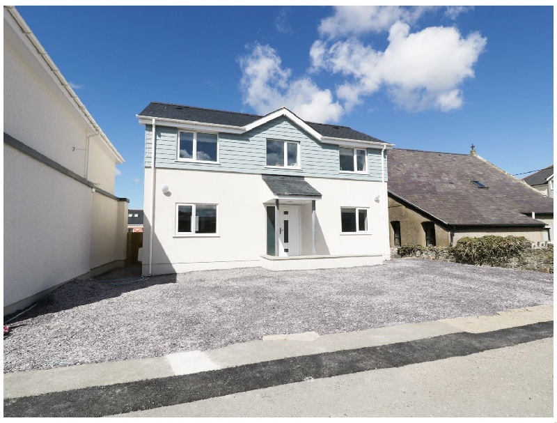 Tremfor a british holiday cottage for 6 in ,