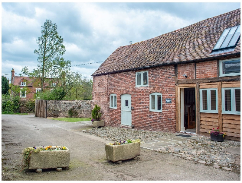 Chatford Roost a british holiday cottage for 4 in ,