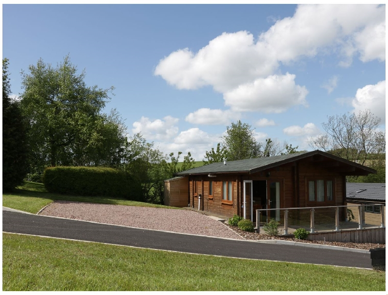 Hill View Lodge 3 a british holiday cottage for 4 in ,