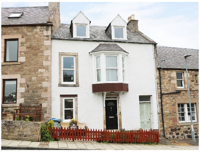 Click here for more about Castleview Cottage