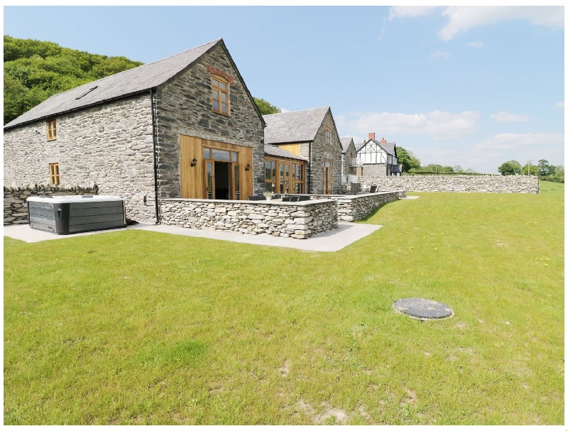 Hay Store a british holiday cottage for 8 in ,