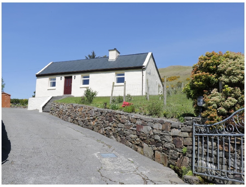 Spring Bank Cottage a british holiday cottage for 4 in ,