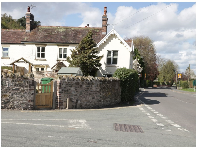 Cardingmill Corner a british holiday cottage for 2 in ,