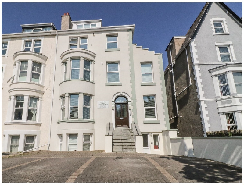Apartment 56 a british holiday cottage for 4 in ,