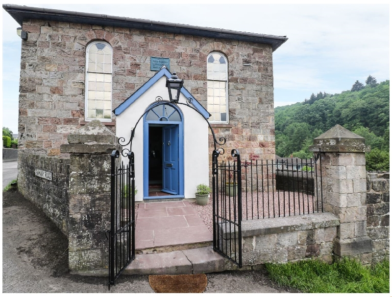 Rainforest Chapel a british holiday cottage for 4 in ,