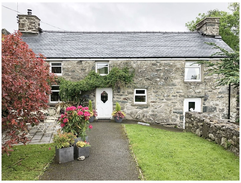 Cefn Uchaf Cottage a british holiday cottage for 4 in ,