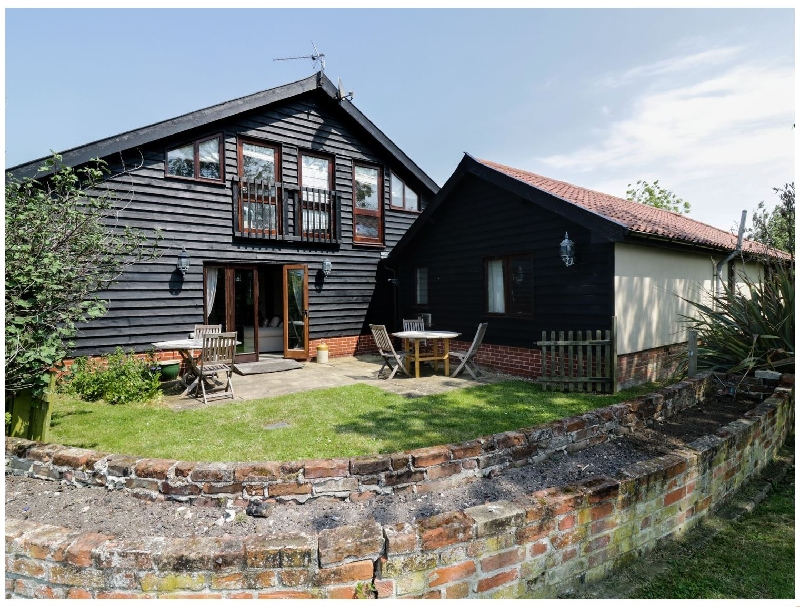 The Cart Lodge a british holiday cottage for 8 in ,