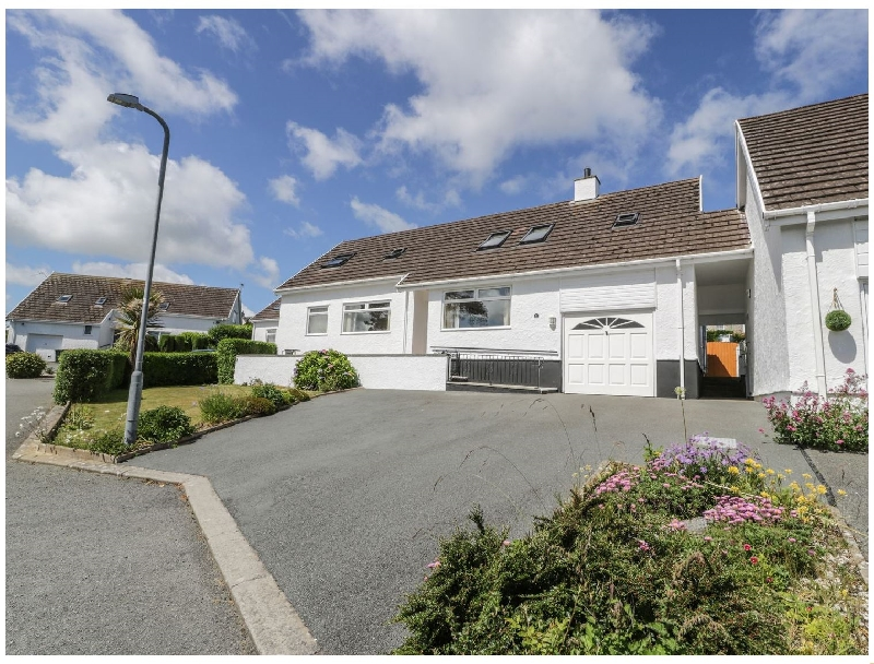 Bay View a british holiday cottage for 9 in ,