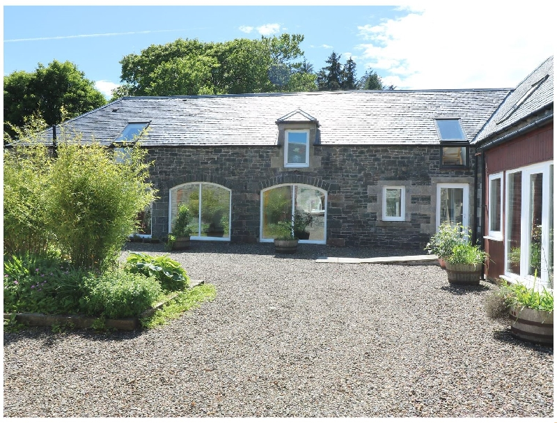 The Byres a british holiday cottage for 14 in ,