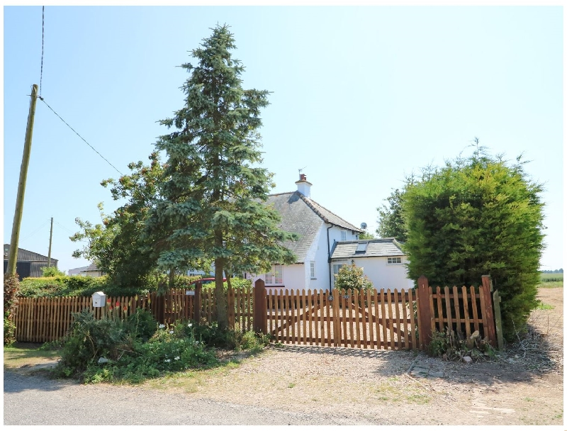 Grange Farm Cottage a british holiday cottage for 6 in ,