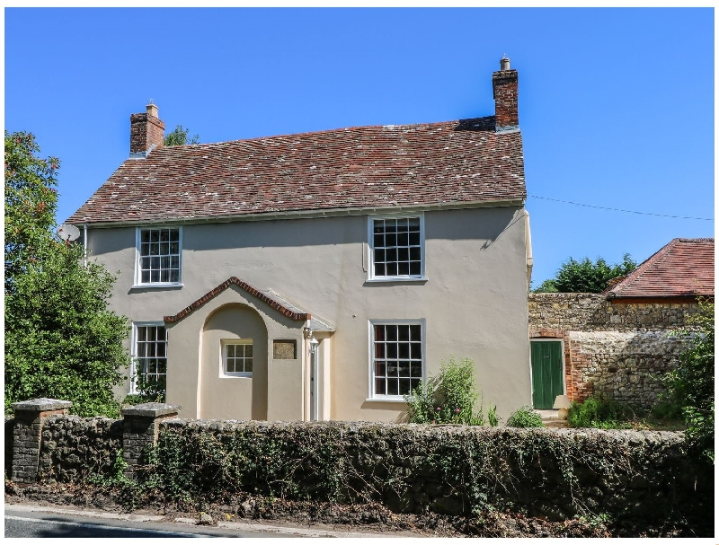 Afton Farm House a british holiday cottage for 9 in ,