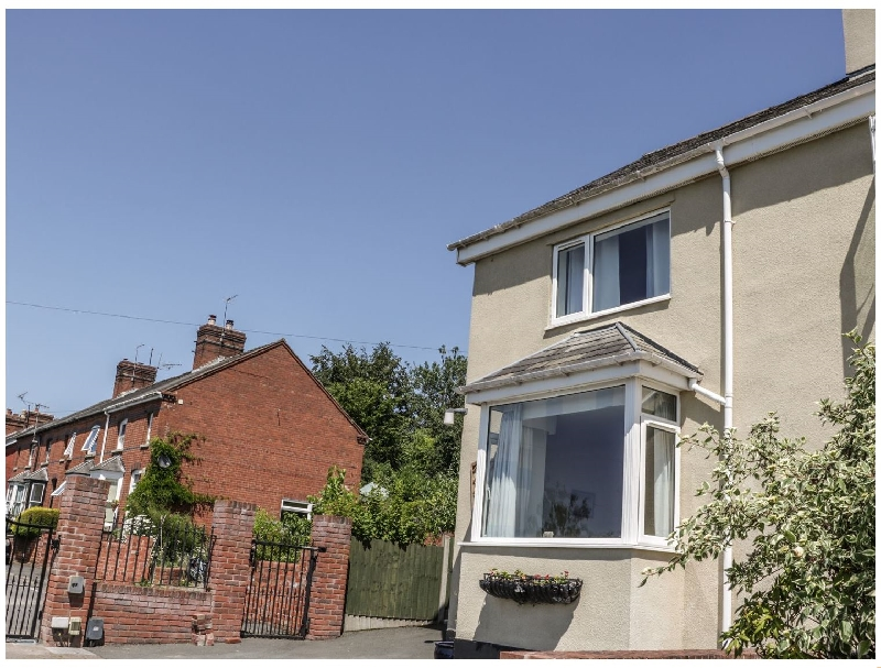 Belle Vue a british holiday cottage for 5 in ,