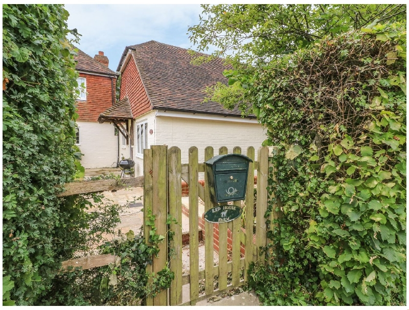 Red House Cottage a british holiday cottage for 4 in ,
